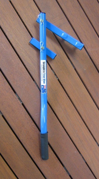 Archideck straight and true blue deck board straightening