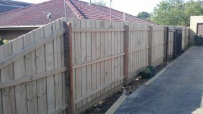Paling Fencing. Includes Posts, Palings, Rails & Plinth (Full Package)