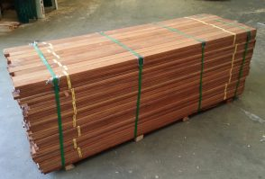 Cheap Merbau Decking / Screening KD 70mmx19mm Dressed All Round