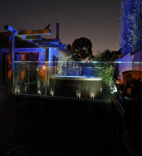 illuminated glass pool fencing