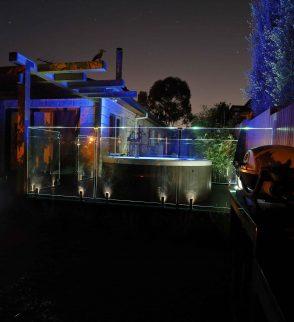 illuminated glass pool fencing